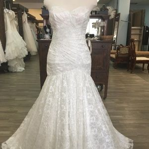 Mermaid Style Wedding Dress- Ivory